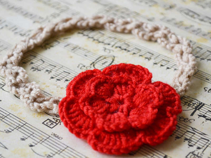 crochet-red-flower-headband